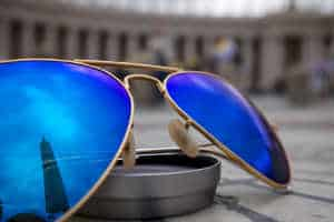 køb solbriller til drengens konfirmationsgave