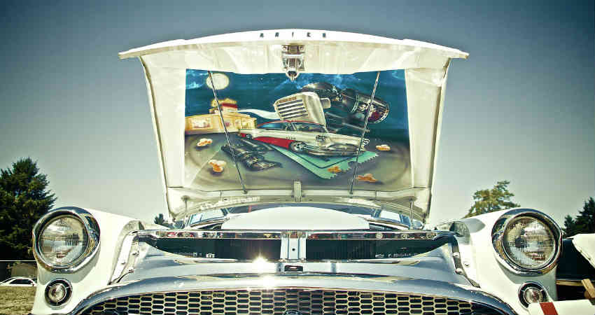 lej en flot skinnede bil til konfirmationen som f.eks. en Corvette